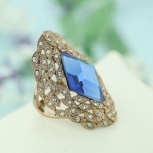 Кольцо Маркиза винтажное с австрийскими кристаллами