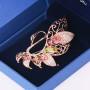 Брошь Лебедь с разноцветными кристаллами Сваровски