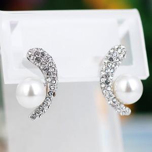 Серьги Очарование с белым жемчугом и кристаллами
