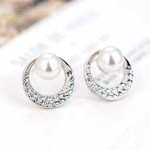 Серьги «Жемчужина моря» с белым жемчугом и кристаллами