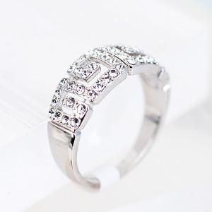 Кольцо «Греческие мотивы» с австрийскими кристаллами