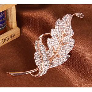 Брошь Ника с австрийскими кристаллами, покрытие - золото