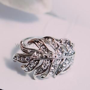 Кольцо «Венец» с кристаллами Сваровски