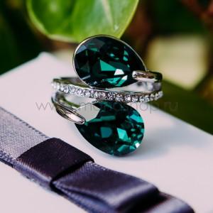 Кольцо «Дуэт» с зелеными кристаллами Сваровски