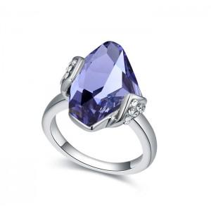 Кольцо «Айсберг» с фиолетовым кристаллом Сваровски