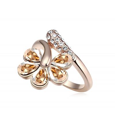 Кольцо «Цветочная лоза» с кристаллами Сваровски цвета шампань