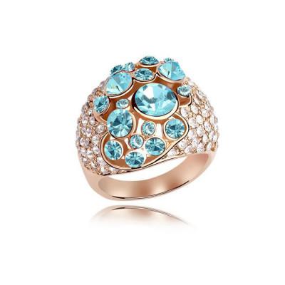Кольцо «Краски лета» с голубыми камнями Сваровски