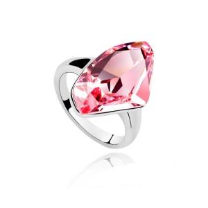 Кольцо «Кристалл» с розовым камнем Сваровски