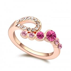 Кольцо «Романтика» с розовыми кристаллами