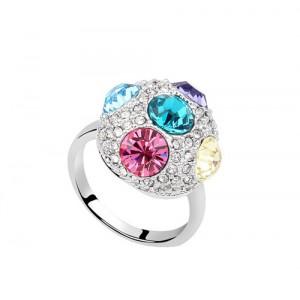 Кольцо «Россыпь» с цветными кристаллами Сваровски