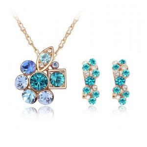 Комплект «Прелесть» с голубыми вставками