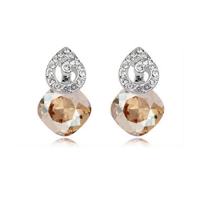 Серьги «Мелодия» с камнями Сваровски цвета шампань