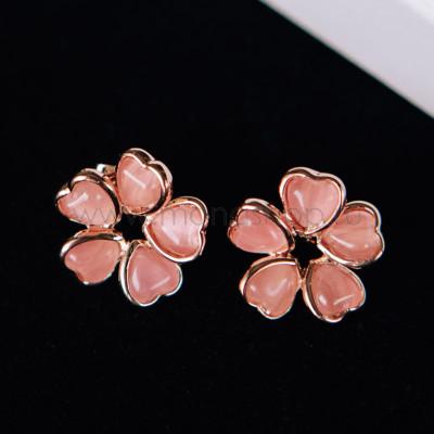 Серьги «Аленький цветочек» из розовых сердец