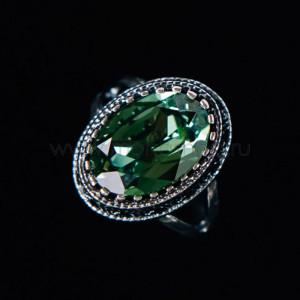 Кольцо «Винтаж» с зеленым кристаллом Swarovski