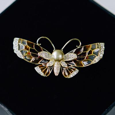 Брошь «Коричневая бабочка» с жемчужиной и эмалью