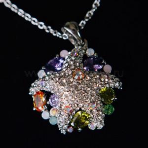Кулон «Морская звезда» с разноцветными кристаллами Swarovski