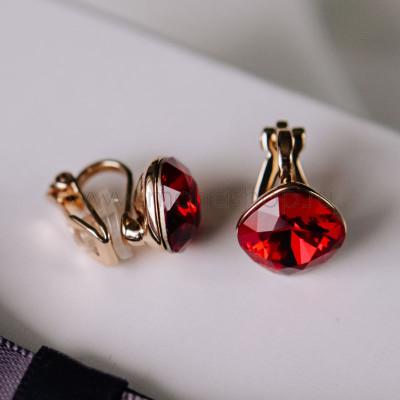 Клипсы Чаровница с красными кристаллами Сваровски