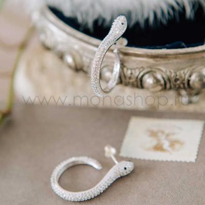Серьги-кольца Змейки с белыми циркониями