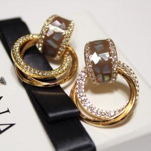Серьги «Искры» с коричневым перламутром и чешскими кристаллами