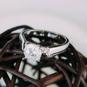 Кольцо «Будь моей» с белым цирконием