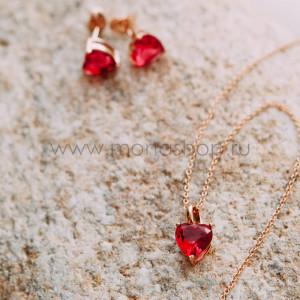 Набор «Нежные чувства» с розовыми циркониями-сердечками