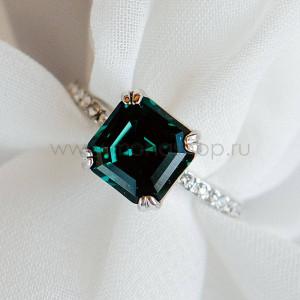 Кольцо Принцесса с изумрудным кристаллом Swarovski