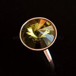 Кольцо «Чародейка» с оливковым кристаллом Swarovski