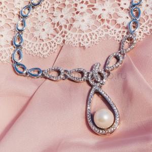 Колье «Невесомость» с жемчугом и кристаллами, покрытие-родий
