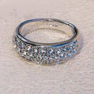 Кольцо «Снегопад» с австрийскими кристаллами, покрытие-родий