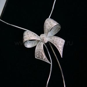 Кулон-галстук «Презент» с австрийскими кристаллами, покрытие - родий