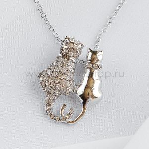 Колье Парочка котов с белыми камнями