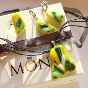 Комплект бижутерии «Лайм» из цветного стекла ручной работы