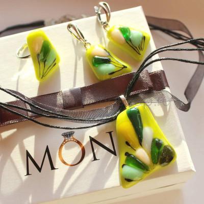 Комплект бижутерии Лайм из цветного стекла ручной работы