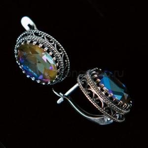 Серьги «Винтаж» с синими кристаллами-хамелеонами Swarovski