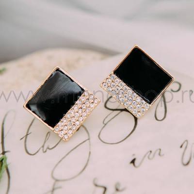Серьги «Черный квадрат» с белыми австрийскими кристаллами
