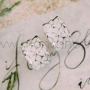 Серьги «Ромашки» с белой эмалью