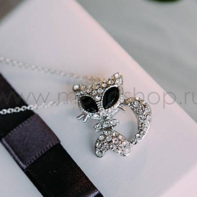 Кулон Киска с черными глазами с белыми австрийскими кристаллами