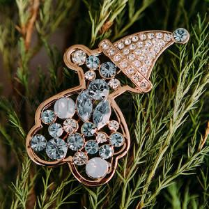 Брошь «Мишка в колпаке» с голубыми кристаллами Сваровски