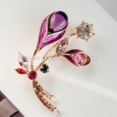 Брошь Фиолетовая калла с разноцветными кристаллами