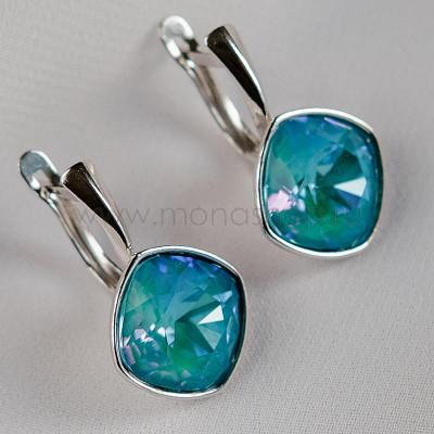 Серьги Чаровница с голубыми кристаллами Swarovski