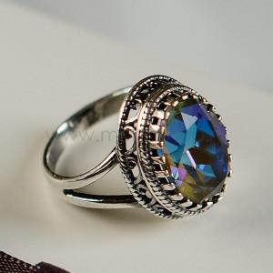 Кольцо «Винтаж» с синим кристаллом-хамелеоном Swarovski