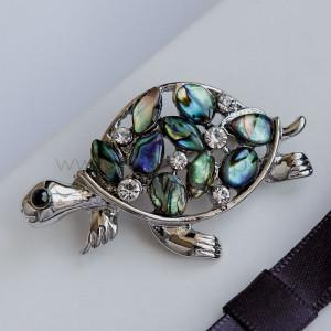 Брошь Разноцветная черепаха с перламутром